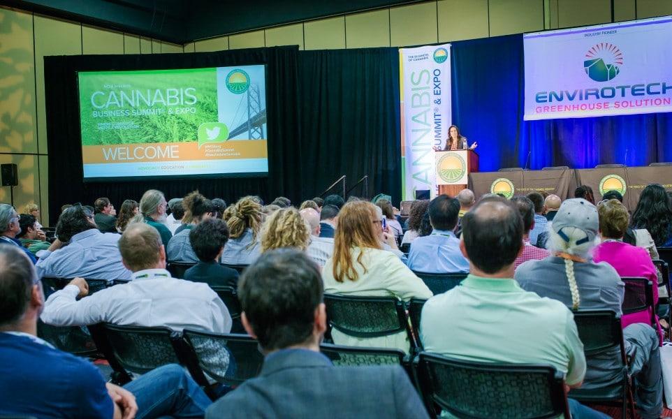 Nación Cannabis | Vicente Fox visita cumbre Cannábica más importante de E.U