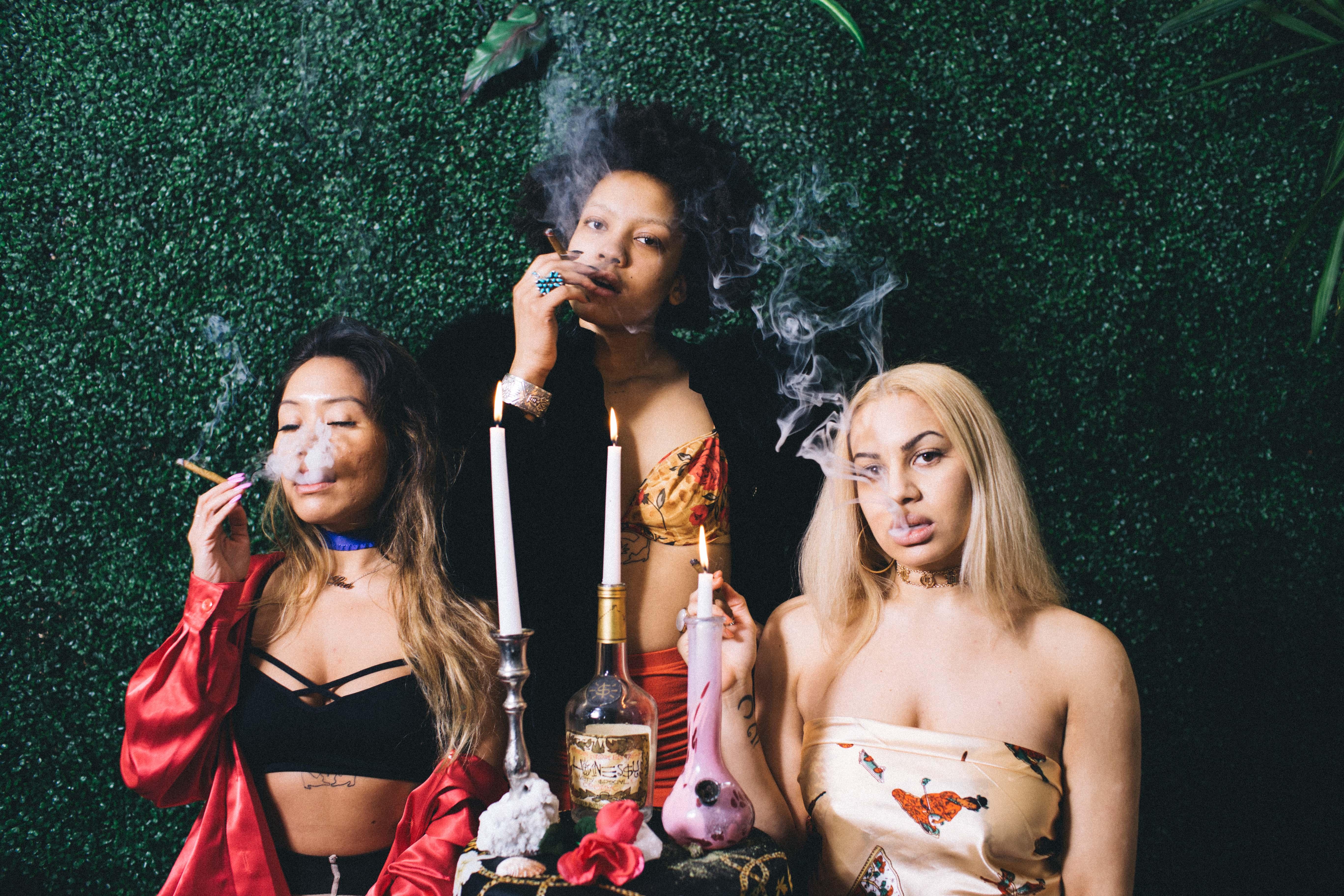 Nación Cannabis | Un colectivo de mujeres desafía a la industria: Women.Weed.Wifi