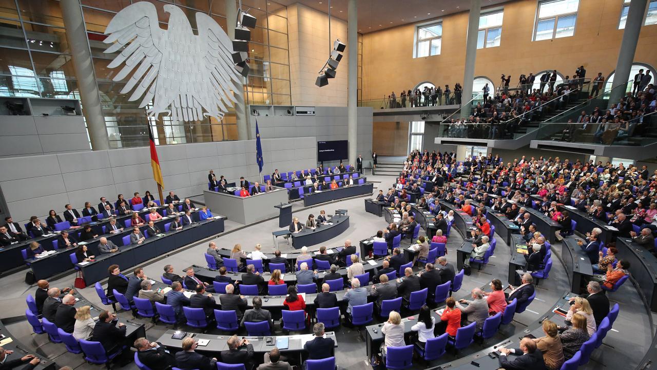 Nación Cannabis | Discuten en parlamento alemán la posibilidad de regular mercado de cannabis