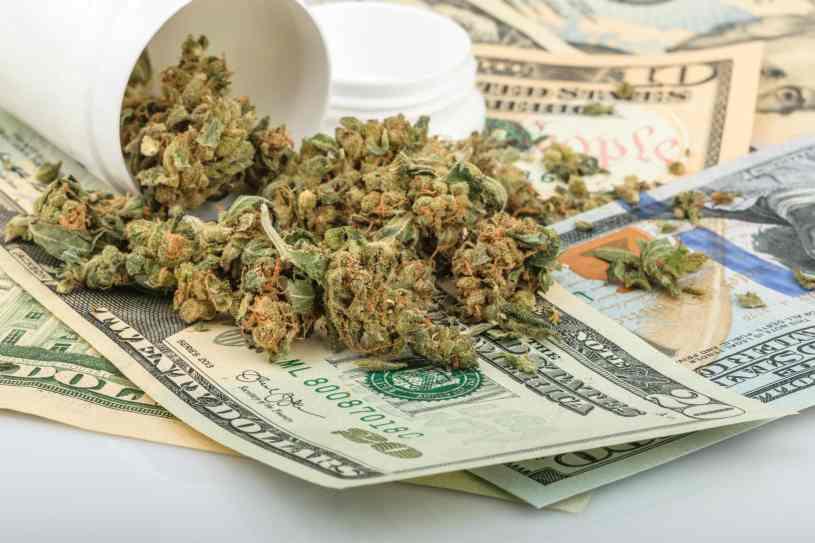 Industria británica dice que las leyes frenan inversión en cannabis