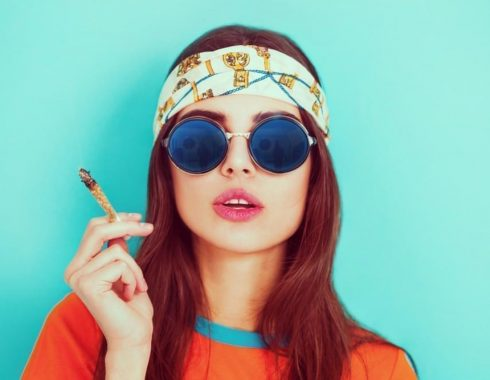 Chicas millennials cannabis