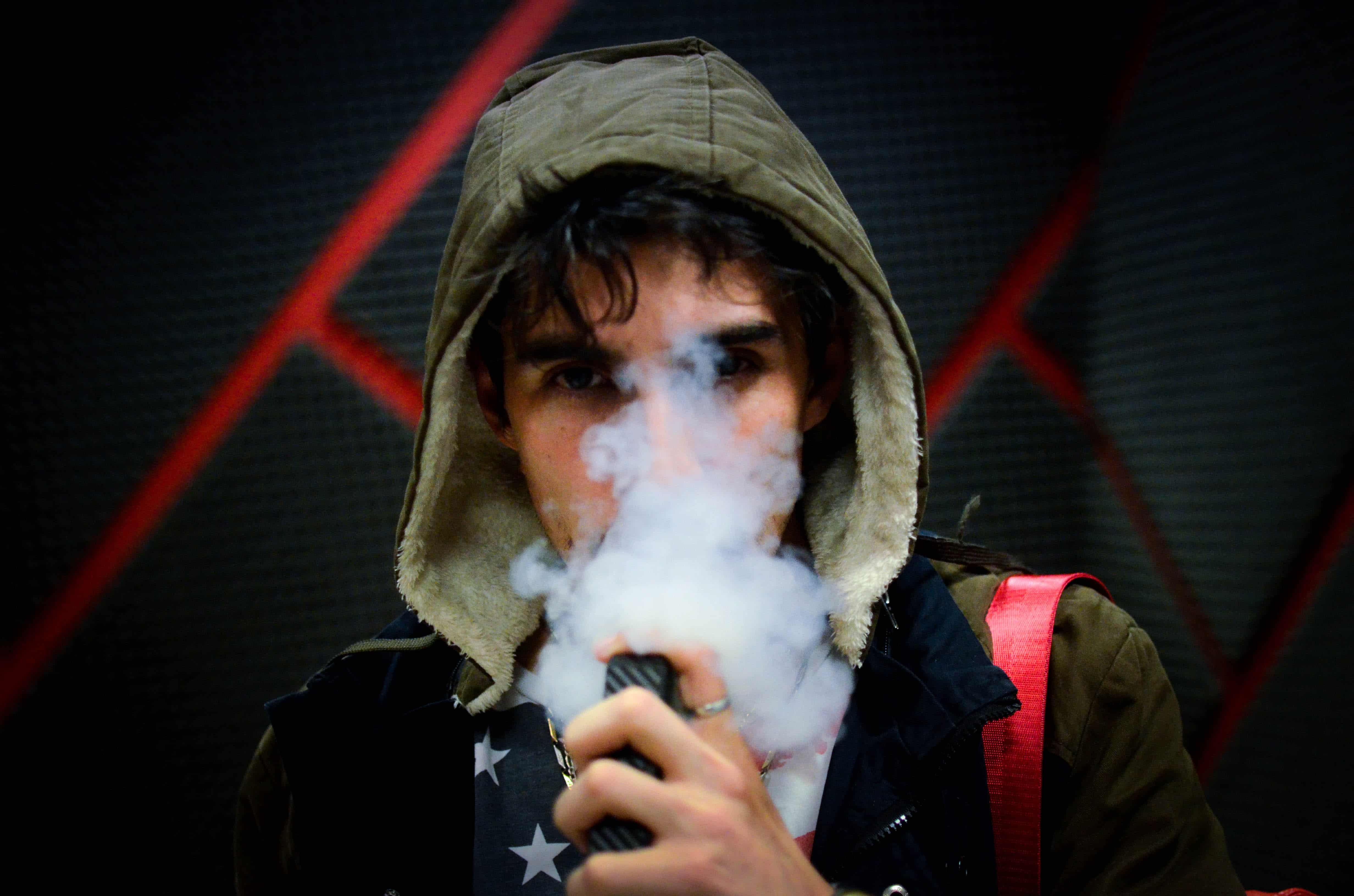 Nación Cannabis | Legalizar el cannabis podrá fin a las incertidumbres acerca del vapeo