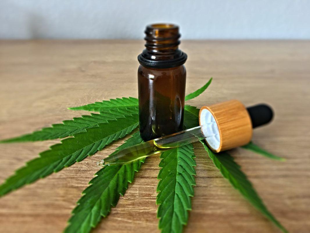 Nación Cannabis | Alertan por productos de aceite de cannabis con posibles químicos ilegales