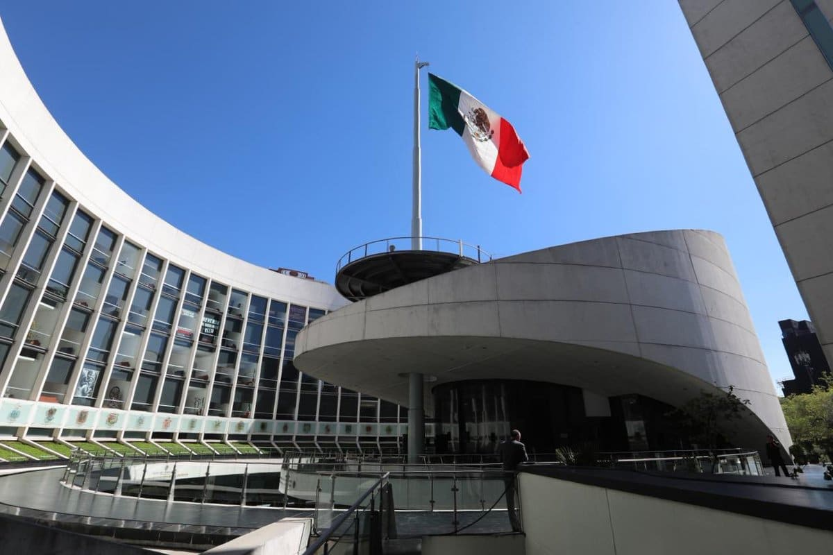 Nación Cannabis | Senado de México propone permitir portación de hasta 28 gramos de marihuana