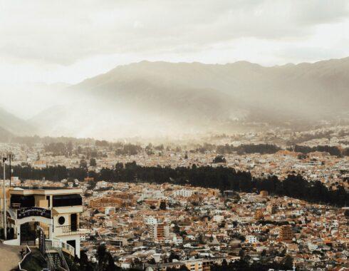 Ecuador aprueba ley prohibicionista
