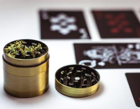 como triturar cannabis