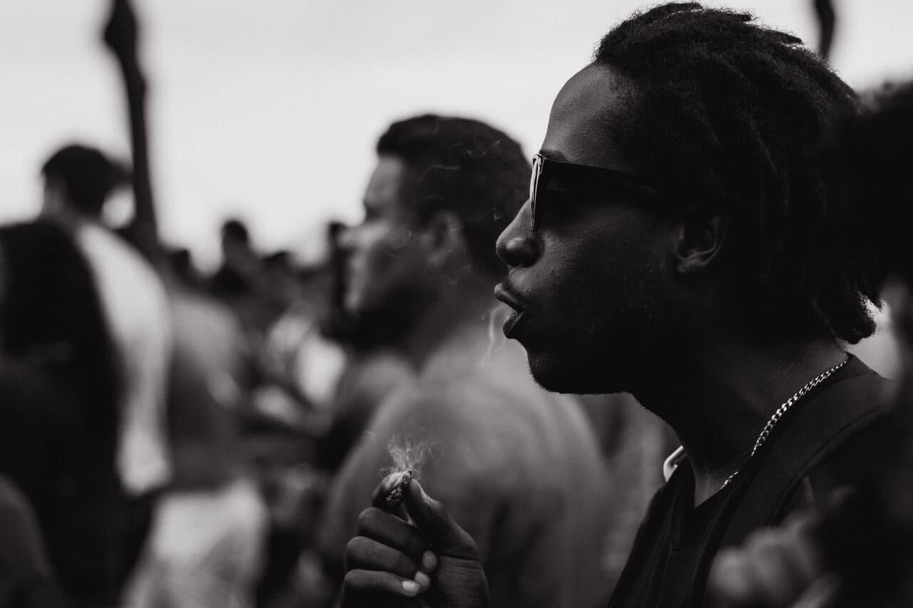 Nación Cannabis | Corto muestra la desigualdad racial respecto a la marihuana