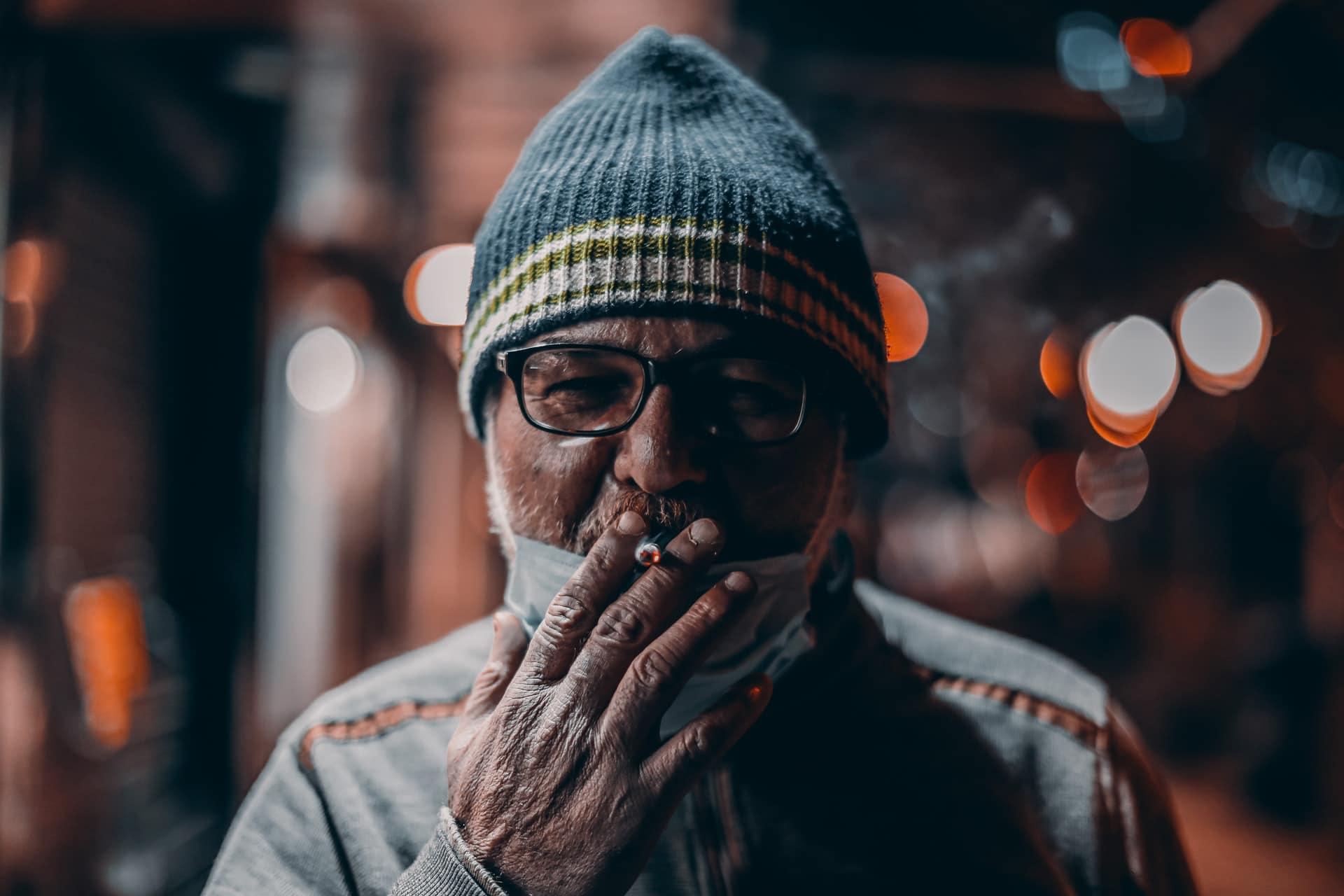 Nación Cannabis | Consumidores de cannabis quieren fumar con sus abuelos
